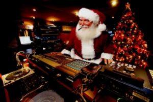 Рождественская музыка как формат трюков